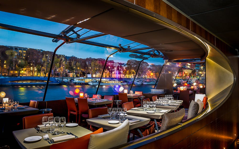 Paris River Dinner Cruise - the perfect Seine dining experience