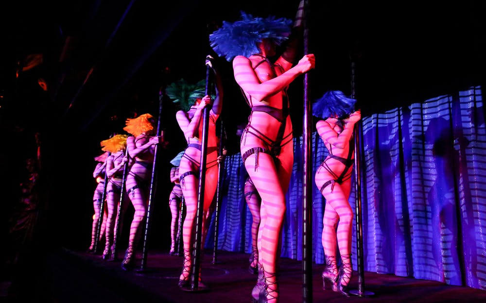 Crazy Horse Cabaret - Fantastic cabaret performances at Crazy Horse