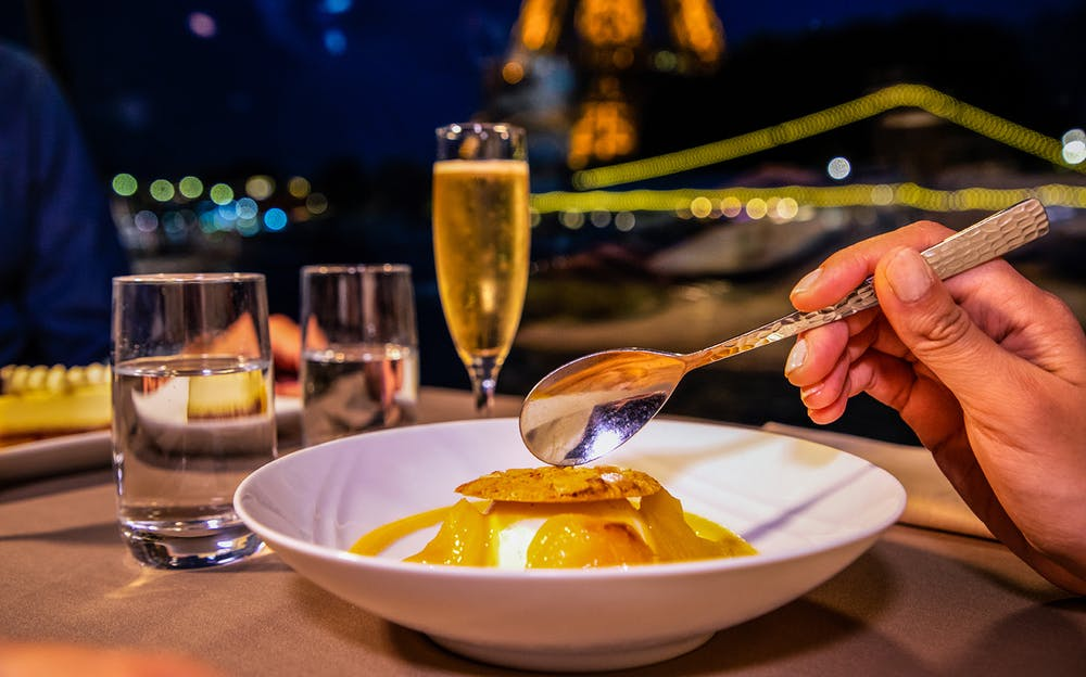Paris River Dinner Cruise: Authentic French Cuisine on the Paris River Dinner Cruise