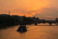 Dinner at the Eiffel Tower and Seine River Cruise with Hotel Transfers