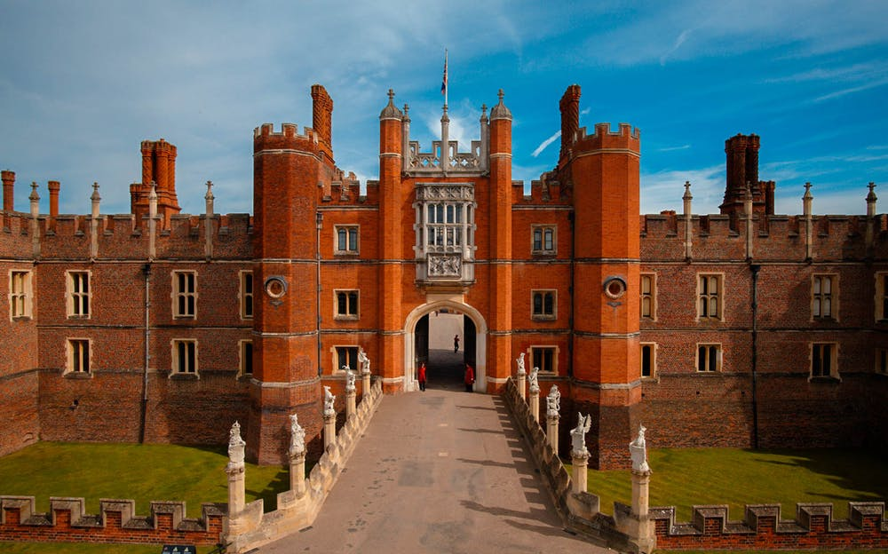 London Explorer Pass 5 Attraction - Hampton Court Palace