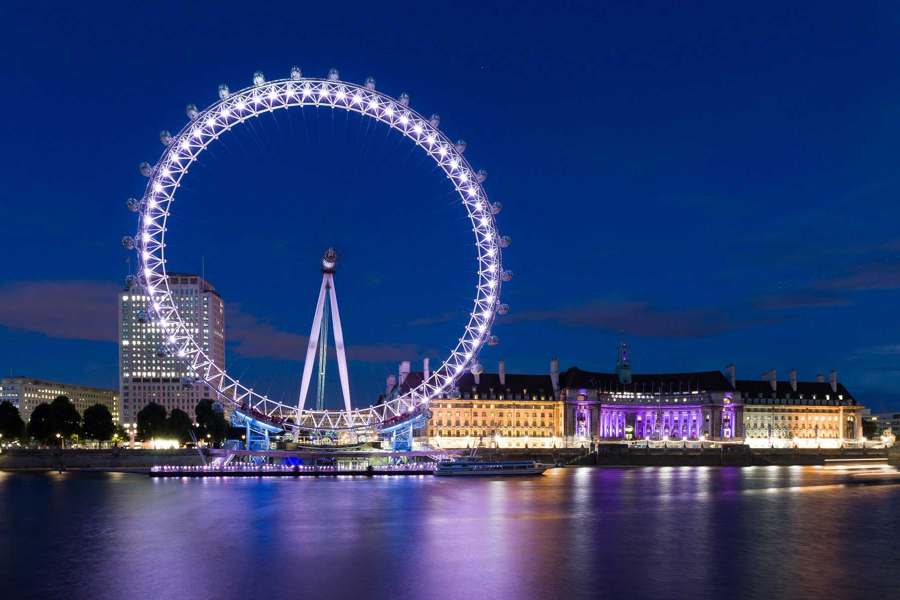 London Explorer Pass 3 Attractions - The Coca-Cola London Eye at Night