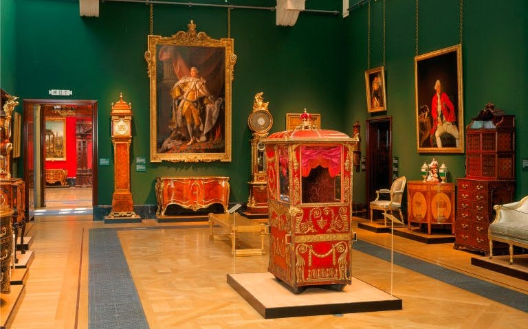 Queen's Gallery Exhibitions - Inside the Queen's Gallery