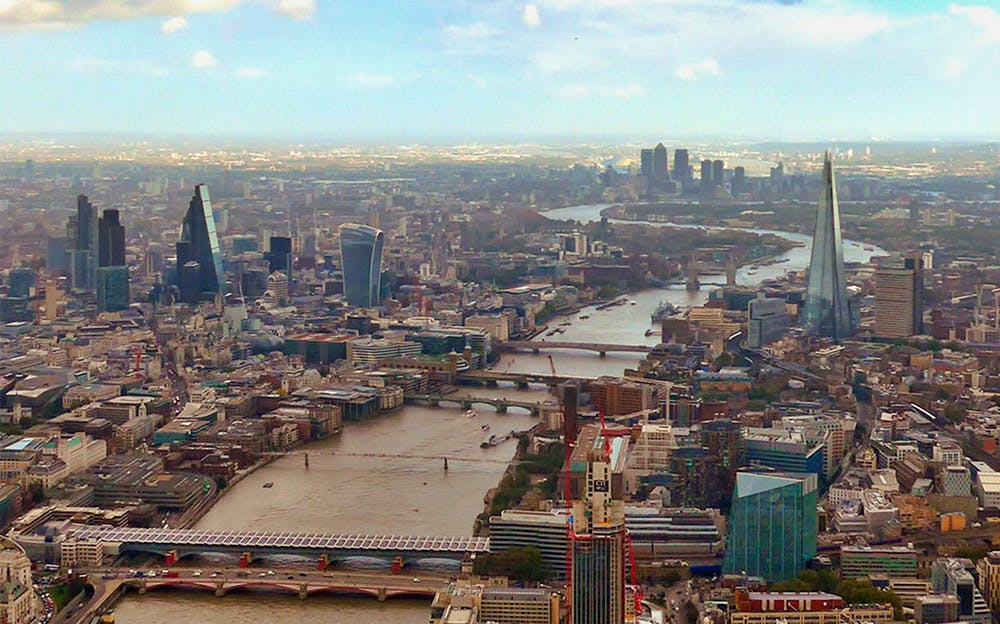 London helicopter ride - The River Thames and London's riverside attractions