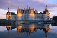 Loire Valley Castles – Chambord, Chenonceau, Nitray & Wine with Lunch Tour from Paris