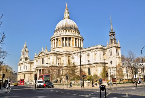 The Spirit of London Tour with Complimentary Lunch