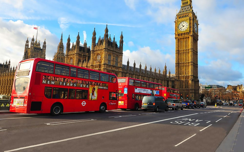 See the sights of London from Paris!