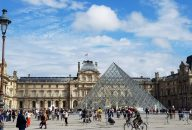 Best of Paris: Louvre Museum & Notre Dame Island with Sainte Chapelle Combo Tour