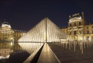 Louvre Museum Skip The Line Ticket with Host