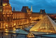 VIP Louvre Highlights & Wine Tasting Evening Tour