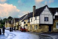 Windsor Castle, Lacock, Bath and Stonehenge Day Trip