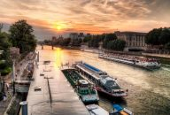 Late Evening Seine River Dinner Cruise With Live Music
