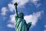 Statue of Liberty and Ellis Island Sunset Cruise with Times Square Dining